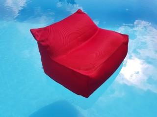 Poltrona galleggiante in tessuto rosso