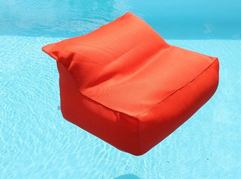 Poltrona galleggiante arancio in tessuto