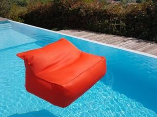 Cuscino galleggiante  a poltrona in morbido tessuto arancione