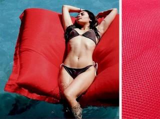 Cuscino galleggiante in tessuto colore rosso