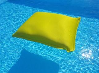 CUscino morbido galleggiante in tessuto