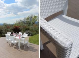 Tavolo sei posti da esterno in rattan bianco