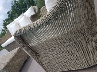 Salotto da esterno in fibra sintetica tonda
