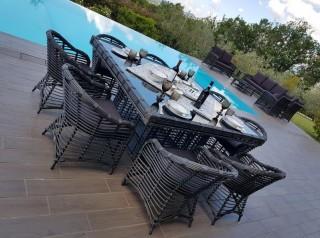 Tavolo di design per giardino