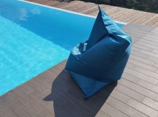 Cuscino gigante in tessuto per esterno