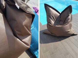 Cuscino in tessuto di alta qualità