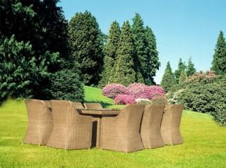 Tavolo da giardino in fibra sintetica