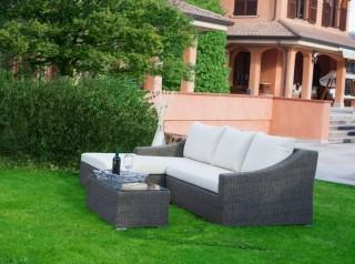 Chaise longue da esterno in fibra sintetica