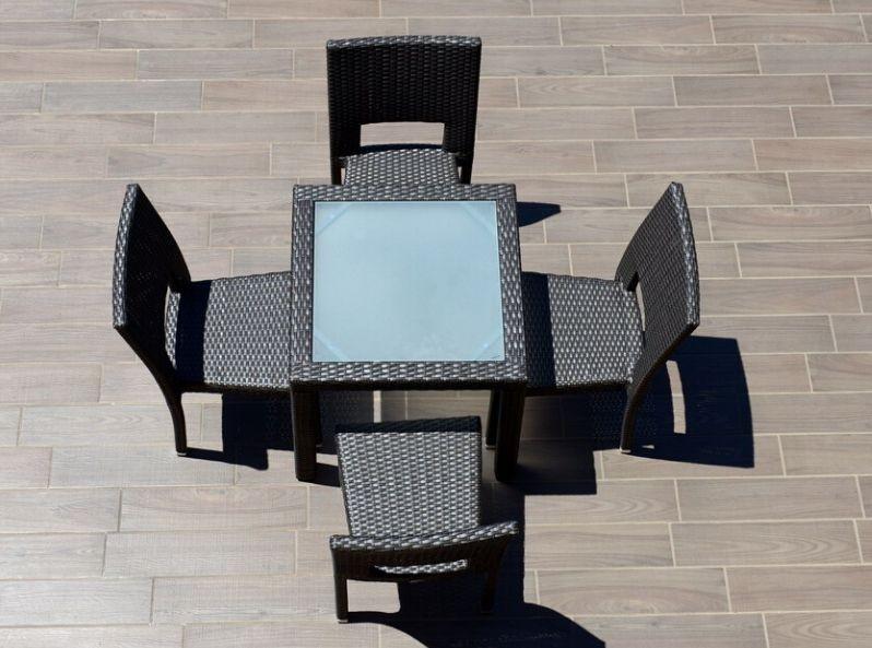 Tavolo Sedie Giardino Rattan.Tavolo Da Giardino Con Sedie In Rattan Sintetico Java