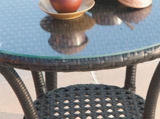 Tavolinetto outdoor con ripiano in vetro