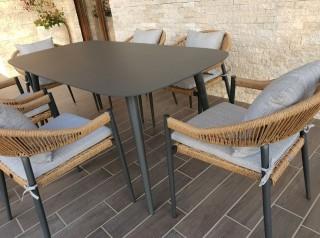 Tavolo da giardino da sei