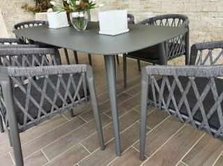 Tavolo in alluminio da esterno