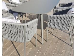Tavolo da giardino di design