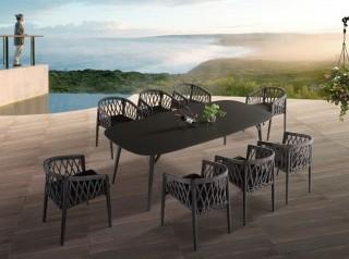 Tavolo da esterno di design in alluminio