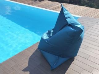 Cuscino gigante per piscina