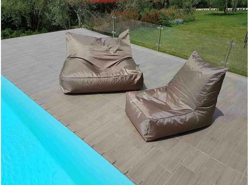 Cuscino a sacco poltrona da esterno colorata