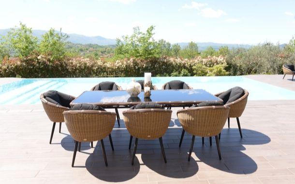 Tavoli Da Giardino Milano.Arredamento Outdoor Per Esterni E Mobili Giardino Design
